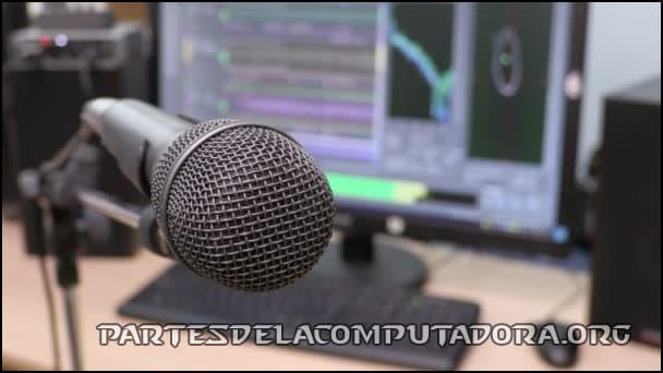 edicion del audio grabado del microfono