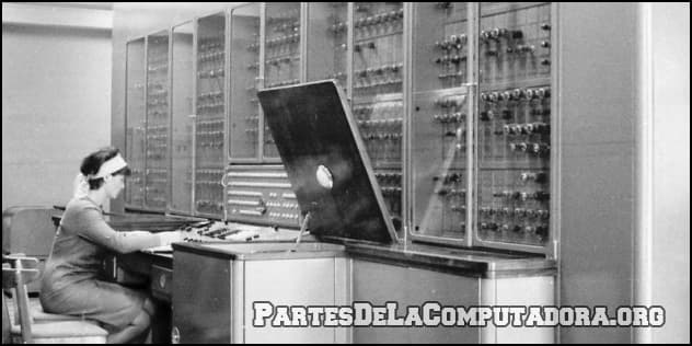 Computadora de la primera generacion